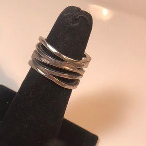 Premier Designs size 7 silvertone ring